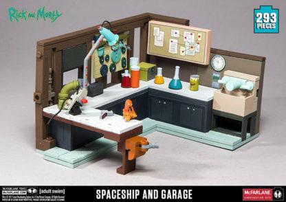 Rick & Morty - Spaceship & Garage (Model Kit) - superchan.de