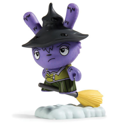 Dunny Scared Silly - Which Witch is Which - superchan.de