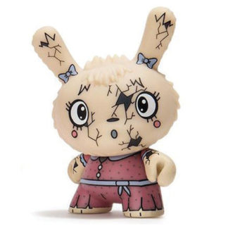 Dunny Scared Silly - You Crack Me Up rot by Kidrobot